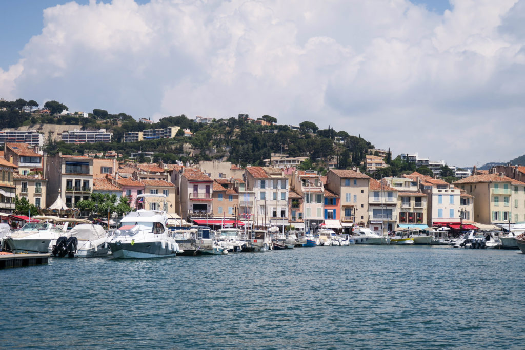 Port de Cassis, South of France. Travel Diary by Rosie André (beach, bucketlist, destination, photography, Europe, journal, countryside, landscape, boats, harbour, harbor, port)