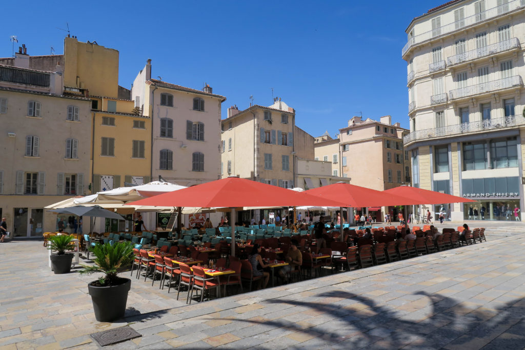 Toulon Town, Travel Diary by Rosie Andre. (South of France, France, Provence, Cote d'Azur, French Riviera, Holiday, Vacation, Destination, Honeymoon, City, Town, Architecture, Buildings, History)