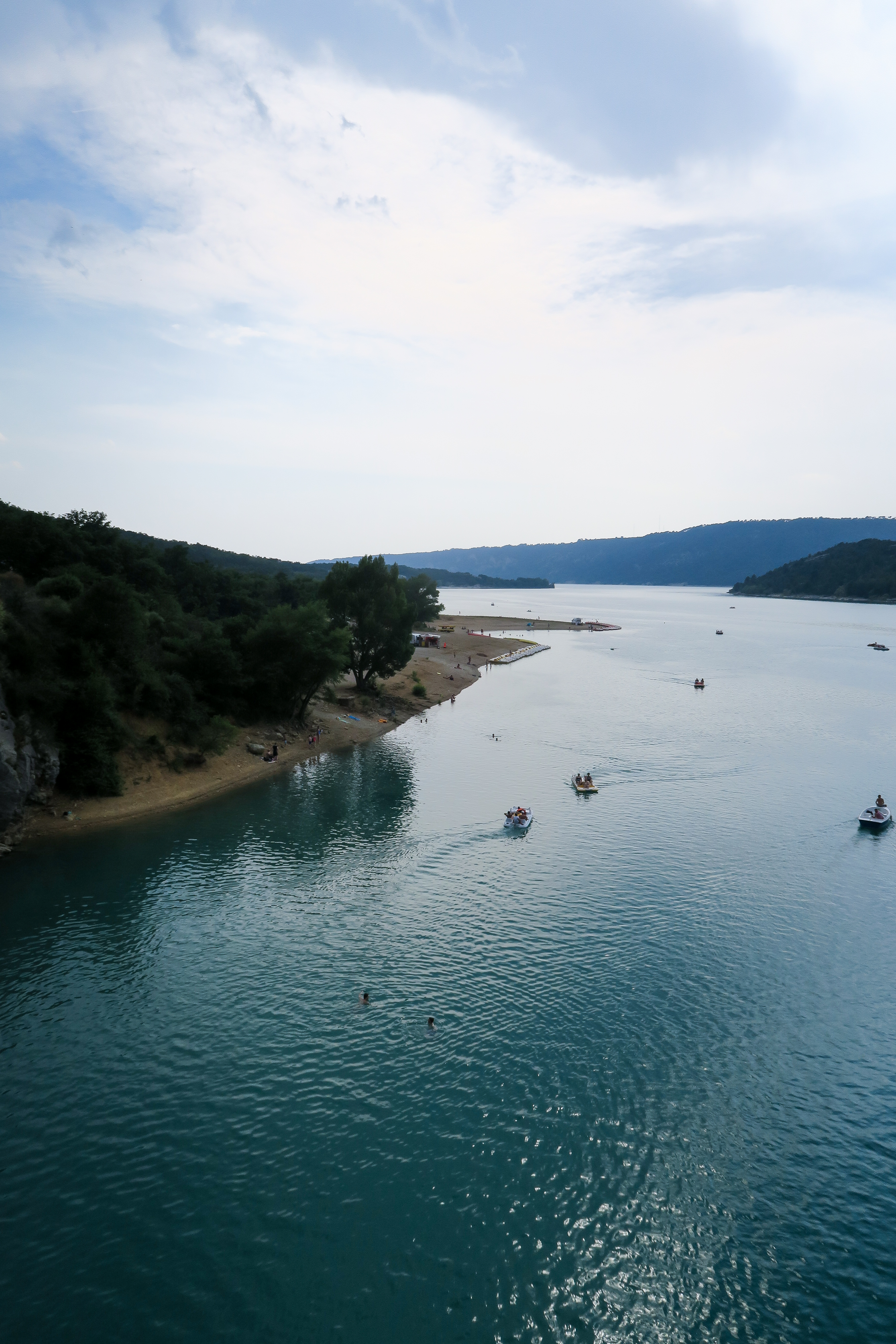 Gorges du Verdon, South of France. Travel Diary by Rosie Andre. (nature, photographs, lake, gorges, lac, boats, countryside, paysage, hills, mountains, canoe, kayak, pedalo, paddle board, travel, wanderlust, honeymoon, provence, var, holiday, vacation)